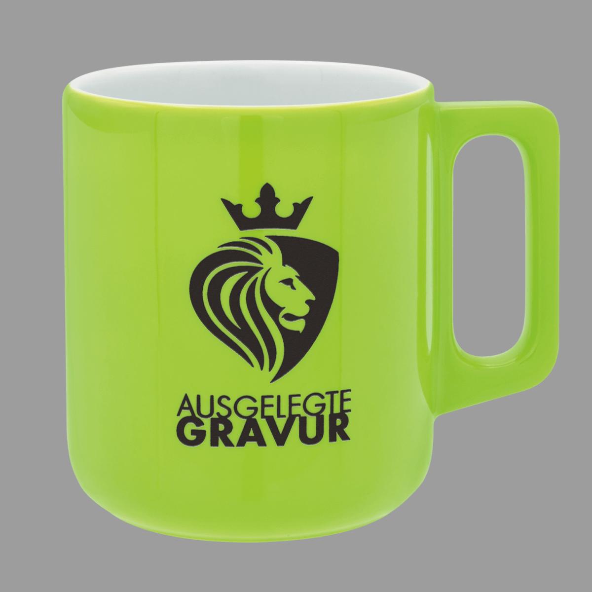Farbig ausgelegte Gravur_Löwe grün gespritzt